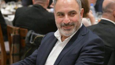 """Photo of سجال """"تويتري"""" بين أسود وبكاسيني ..""""استحي ونضبّ عيب"""""""
