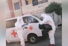 """Photo of بالفيديو: بدء عملية نقل مصابي """"كورونا"""" في برجا.."""